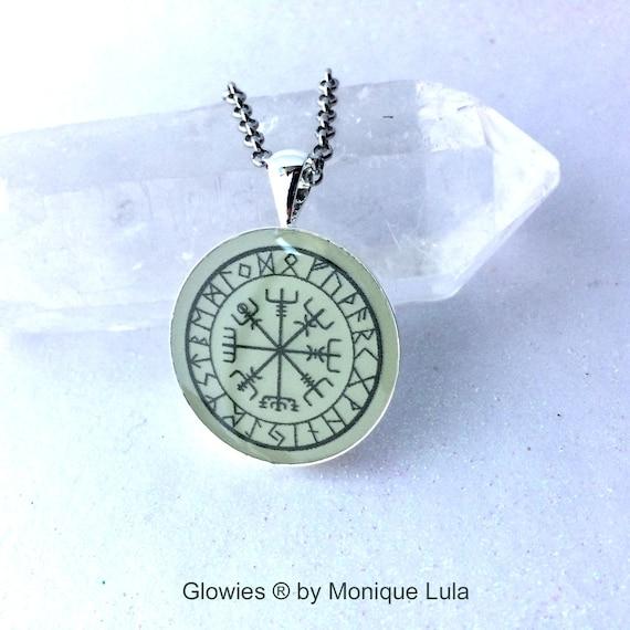 Glow in the dark Viking Compass Vegvísir