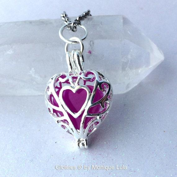 Ultra Violet Purple Frozen Glowing Heart Necklace