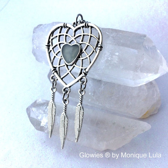 Heart Dreamcatcher Glow Glass Necklace