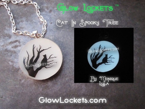 Cat in Spooky Tree Glow in the dark Pendant The original Glowies