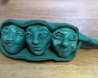 Ceramic Three peas in a pod