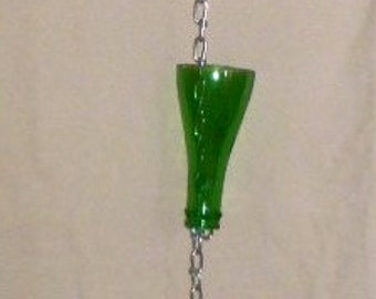 Up-cycled glass bottle top rain chain