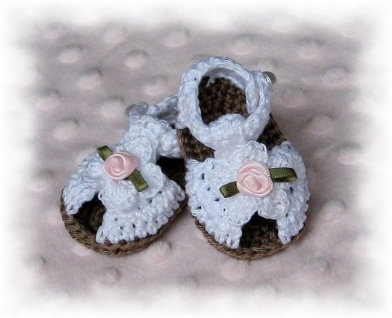 The Cutest Thing Ever - Creme Brulee Collection Hand crocheted Sandal for Baby