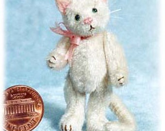 """PDF Pattern & Instructions for Miniature Cat - Pussycat- 2 1/4"""" tall -  by Emily Farmer"""