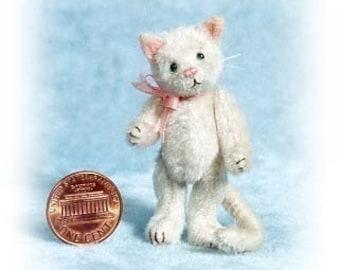 Pussycat - Miniature Cat Kit - Pattern -DIY - by Emily Farmer