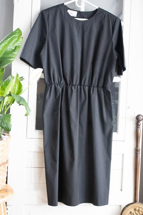 Vintage 1980's Minimalist Black Dress | Modest Bla