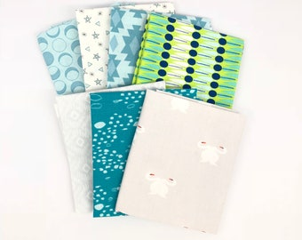 Remnant Fat Quarter Turquoise and Grey Bundle - Seven Fat Quarters - 100% Quilting Cotton - 4289