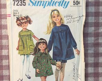 Vintage Sewing Pattern / Girls Dress Pattern / Girls Shorts Pattern / Simplicity 7235 / Size 34 Breast 23 -NC -INCOMPLETE- 60s Dress Pattern