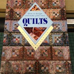 Vintage Book / 1988 Country Patchwork and Quilting / Leslie Linsey / Quilting Book / Vintage Quilting / Patchwork Quilting / Patchwork Book