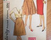 1950s Simplicity Skirt Pattern 4601 Waist 24 Hip 32 - Vintage Simplicity / 50s Simplicity /
