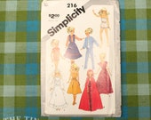 Vintage Sewing Pattern / Doll Clothes Pattern / Simplicity 216 / 11.5 & 12.5 Dolls / Darci Doll Pattern / Barbie Clothes Pattern /QUICK LIST