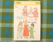 Girl's Dress Pattern / Vintage 70s Pattern / Simplicity 7197 / Size 2 / Pinafore / 70s Pinafore Pattern / 1970s Sewing Pattern / QUICK LIST