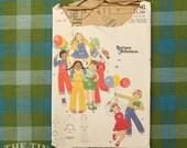 Vintage Sewing Pattern / Butterick Pants Pattern /Butterick 4986 / Bust 23 / Child's Size 4 / Betsey Johnson / 1970s / QUICK LIST