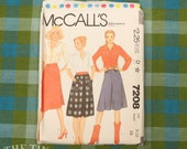 Culottes Pattern / 1980's Sewing Pattern for Women / McCall's 7208 / Waist 24 / Wrap Skirt Pattern / 1980s Skirt Pattern /QUICK LIST