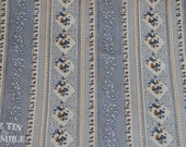 Vintage Fabric / Calico Fabric / Striped Fabric / 1 Yard / Fabric Yardage / Cotton Fabric / Floral Stripe / Vintage Stripe / Blue Vintage
