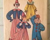 Vintage Clown Costume Pattern / Simplicity 7162 / Vintage Sewing Pattern for Children / Vintage Costume / Halloween Costume