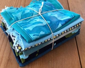 Fabric Scrap Bundle / Vintage and New Fabric Scraps / Blue Fabric Destash Grab Bag / SB250