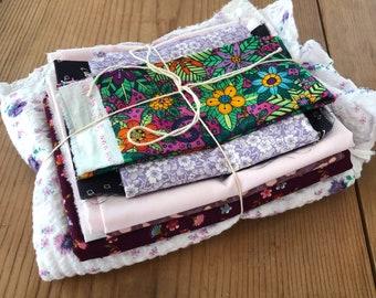 Fabric Scrap Bundle / Vintage and New Fabric Scraps / Purple and White Fabric Destash Grab Bag / SB252