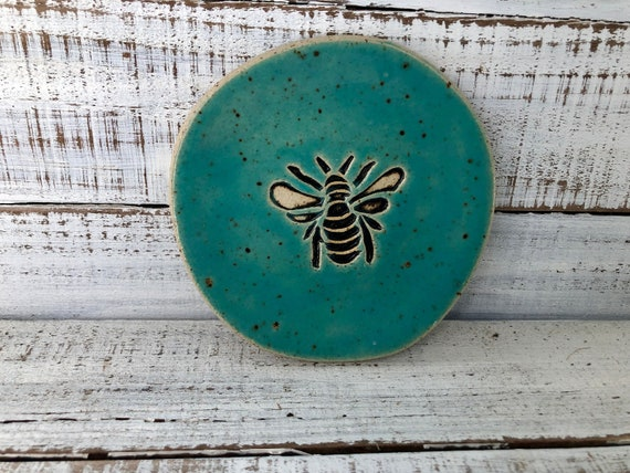 Be Happy Bumblebee Spoon Rest Ring Holder Soap Dish Tapas Plate
