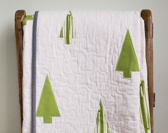 Modern Tree Quilt; Organic Cotton, Handmade Throw Quilt; Christmas Tree Quilt Gift; Simple Holiday Decor Modern Lap Quilt; WINTER WOODS