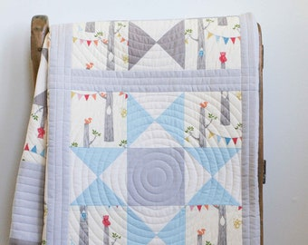 Blue, Gray, Ivory Patchwork Star Baby Quilt; Modern Toddler Quilt; Woodland Organic Cotton Crib Quilt; Handmade Quilt for Baby Boy or Girl