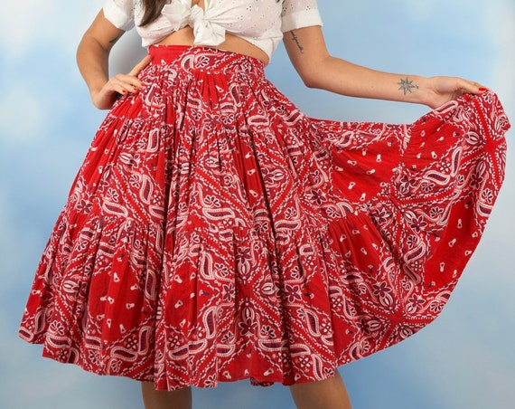 Vintage 50s 60s Red Paisley Handkerchief Print High Waisted Full Circle Skirt (size xs)