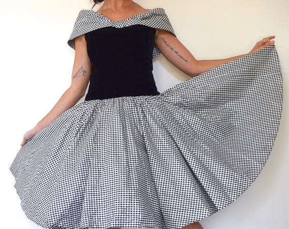Vintage 80s does 50s Black and White Metallic Gingham New Look Circle Dress with Portrait Collar and Velvet Bodice (size small, medium)