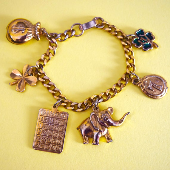 Vintage 60s 70s Gold Tone Metal Good Luck Charm Bracelet