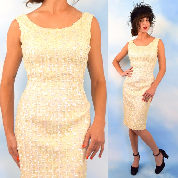 Vintage 50s 60s Iridescent Sequined Ivory Lace Hourglass Silhouette Wiggle Dress (size medium)