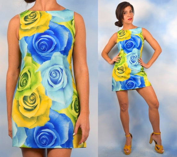 Vintage 90s XOXO Graphic Rose Print Mini Dress (size medium)