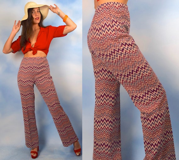 Vintage 70s Chevron Knit High Waisted Flared Trousers (size medium, large)