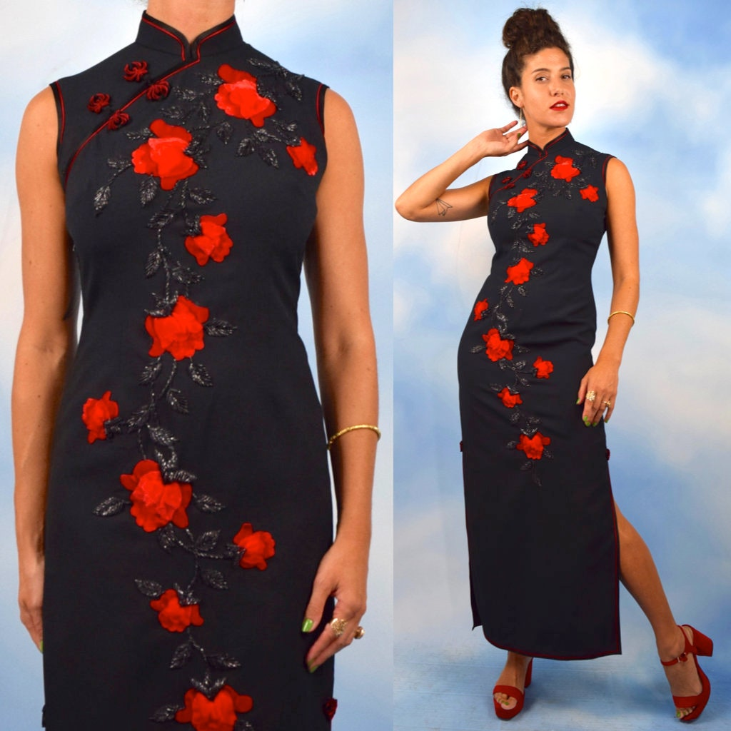 a4d3d8993cb6 Vintage 50s 60s Beaded Red Velvet Rose Appliqued Mandarin Collar ...