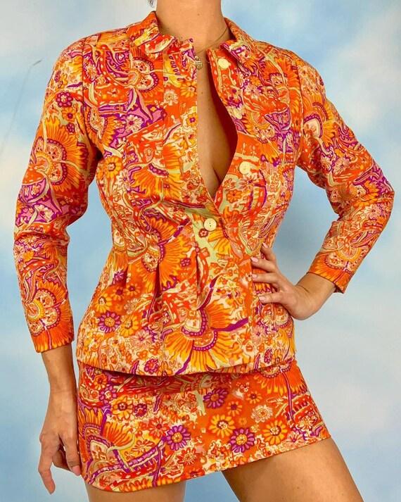 Vintage 60s Psychedelic Orange Floral Jacket and M