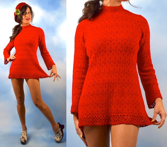 Vintage 60s 70s Red Micro Knit Bell Sleeved Tunic (size medium, large)