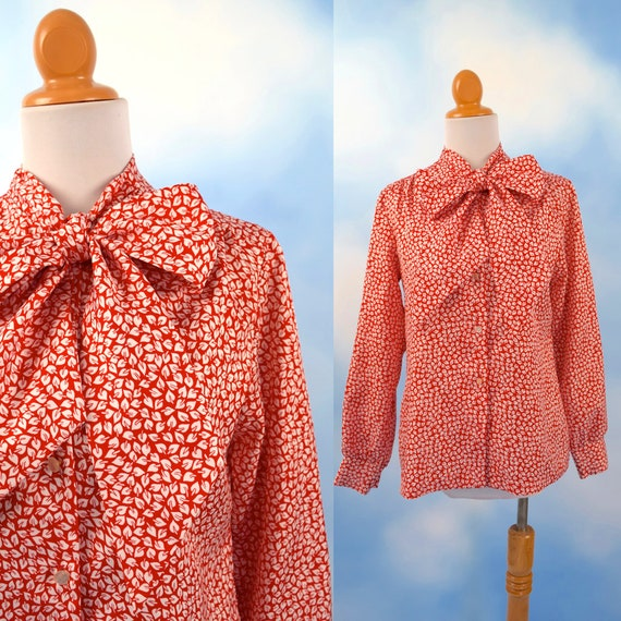 Vintage 70s 80s Red and White Mini Palm Leaf Print Kitten Bow Collar Long Sleeved Button Down Blouse (size medium, large)
