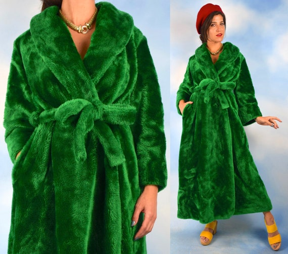 Vintage 60s 70s Plush Green Faux Fur Robe (one size fits all)