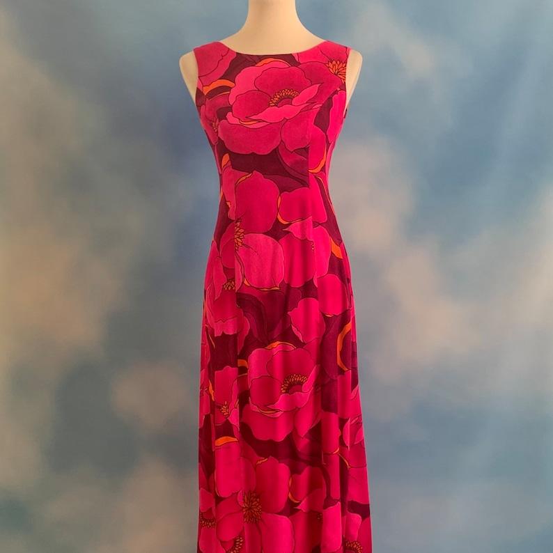 size xs Vintage 70s Fuchsia Lotus Flower Bark Cloth Hawaiian Gown