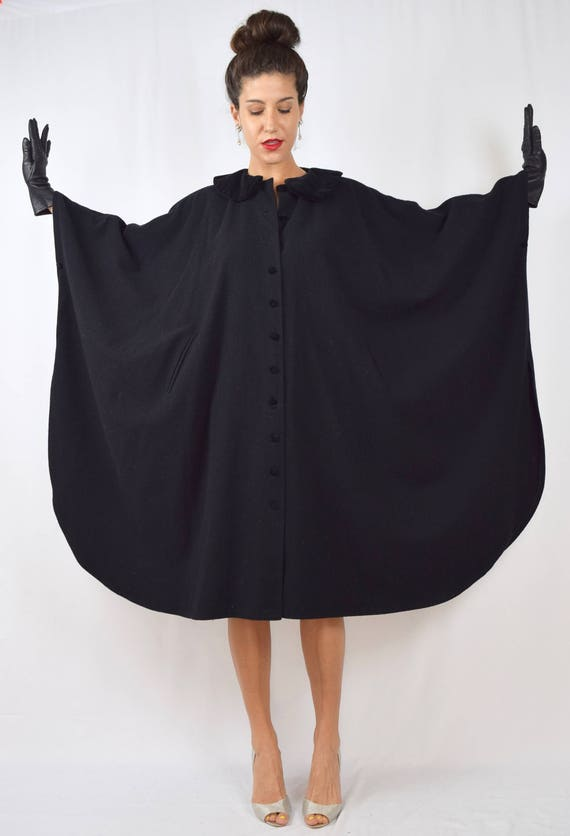 Vintage 80s 90s Black Wool Cape with Velvet Peter Pan Collar