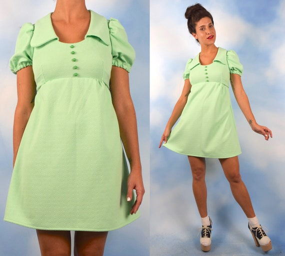 Vintage 60s 70s Mint Green Empire Waist Puffed Sleeve Baby Doll Dress (size small, medium)