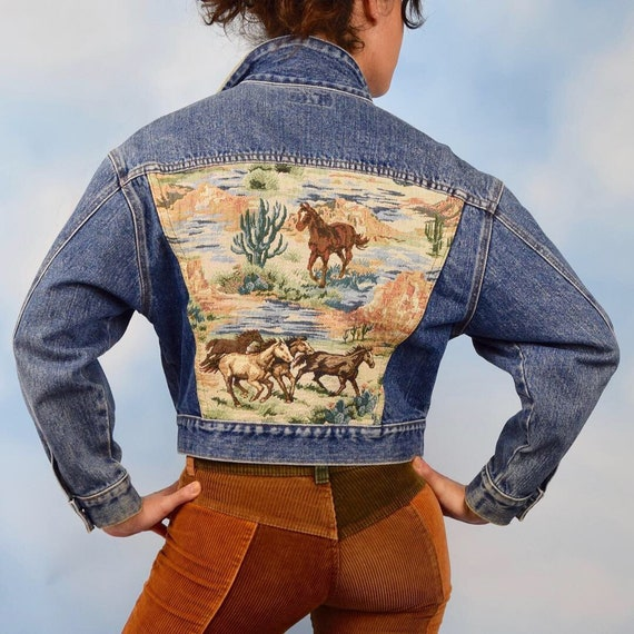 Vintage 80s 90s GUESS Wild Horses Woven Tapestry Paneled Denim Jacket with Suede Collar (size medium)