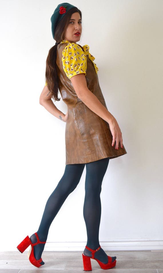 Vintage Mod with Gold medium small Chocolate Brown Jumper Tone Mini Buckle 60s Dress 70s Pleather size Hardware AqwSAU