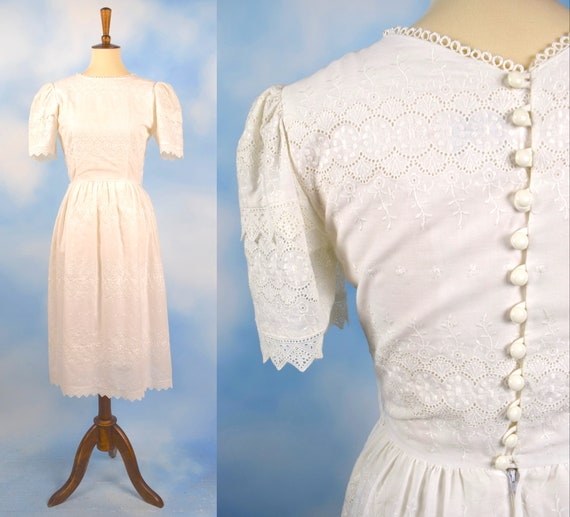 Vintage 80s 90s White Eyelet Scalloped Button Back Wiggle Dress (size xs, small)