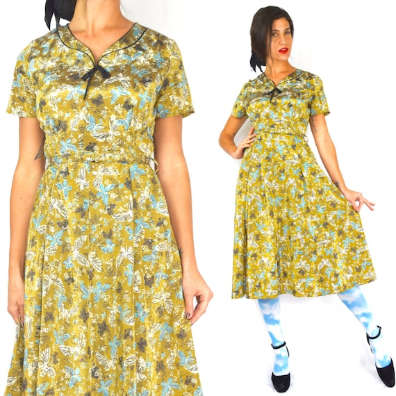 Vintage 50s 60s Golden Wings Butterfly Print Fit and Flare Dress (size small, medium)