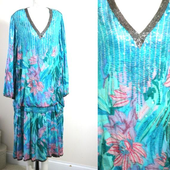 Plus Size 2x// Beaded Silk Flapper dress// Sequin