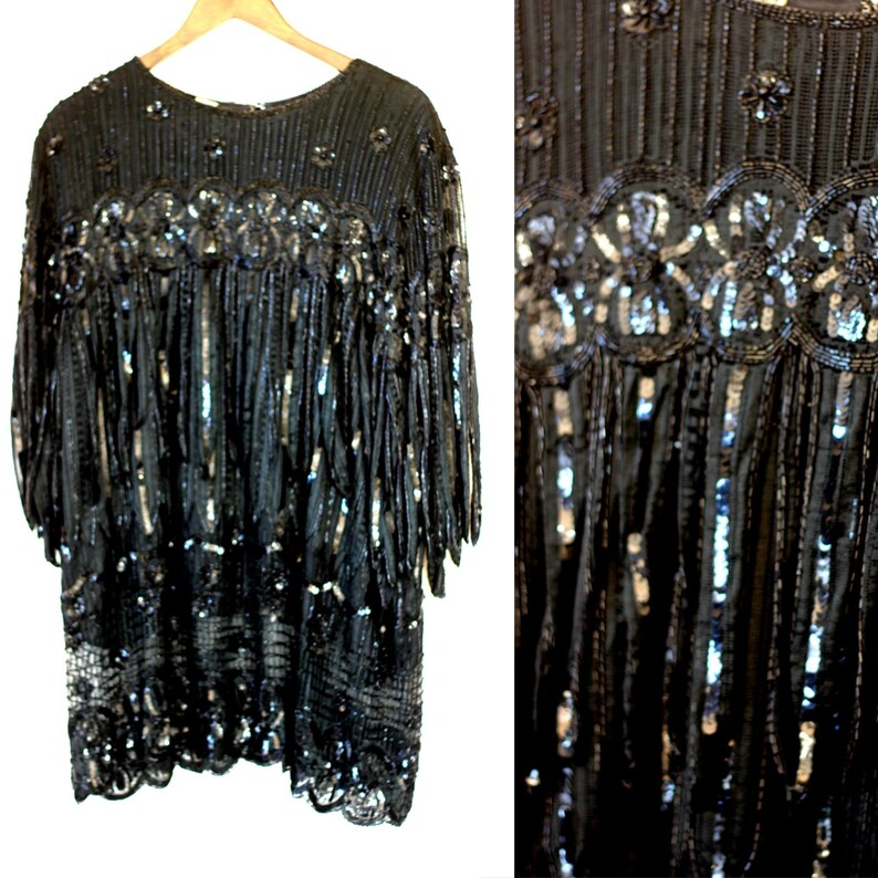 fe62bc5fcb Plus Size Gunit Flapper Sequin Tunic Top with lots of fringe// Gatsby party