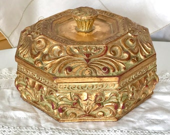 8c682e7d74d Extra Large Ornate Gold Box for All Sorts of Jewellery Trinkets   Treasures  Hexagonal Shape Lift Off Lid Gilded Carved Wood Effect Resin