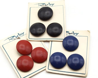 32mm Leather Buttons on Cards - 3 colors - 9 buttons