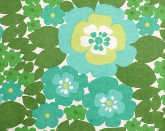 1970s Green Floral Vintage Fabric sold by the Yard ~ 70s Curtain Fabric by the Meter in unused deadstock condition