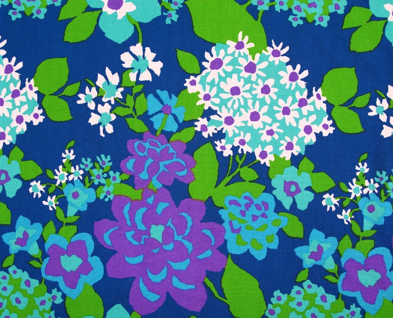 Blue Floral Vintage Fabric by the Yard ~ 70s Fabric by the Metre.