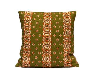 Green mid century pillow, retro cushion cover, throw pillow cover, pillow sham, Handmade with Love from vintage fabric by EllaOsix